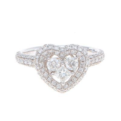 Anel-solitário-coração-em-ouro-com-diamantes