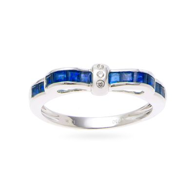 Anel-de-ouro-com-safiras-e-diamantes