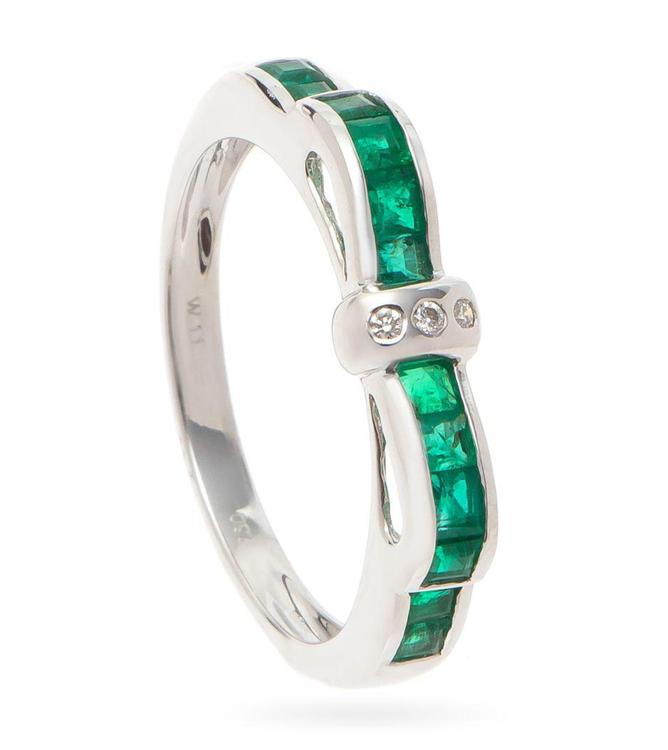 Anel-de-ouro-com-esmeraldas-e-diamantes
